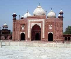 Package Tour To Uttar Pradesh
